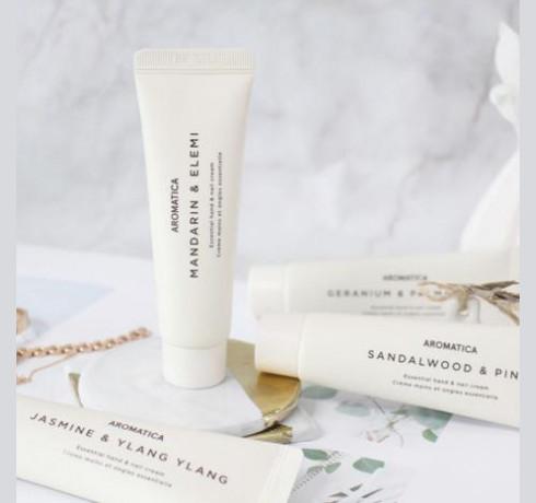Крем для рук Мандарин и Элеми Aromatica Essential Hand & Nail Cream, Mandarin & Elemi