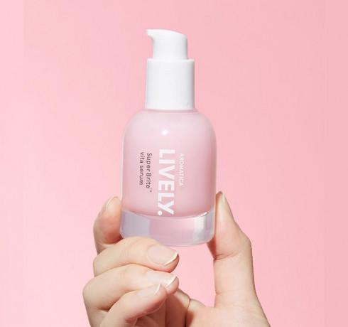 Витаминная сыворотка для яркости кожи Aromatica Lively SuperBrite™ Vita Serum