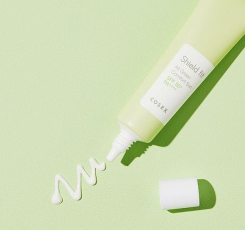 Солнцезащитный крем Shield fit All Green Comfort Sun SPF50+ PA+++