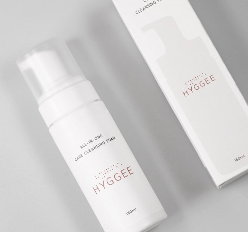 Очищающая кислородная пенка с берёзовым соком Hyggee All-In-One Care Cleansing Foam