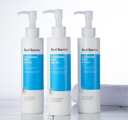 Молочко для снятия макияжа Real Barrier Cleansing Milk